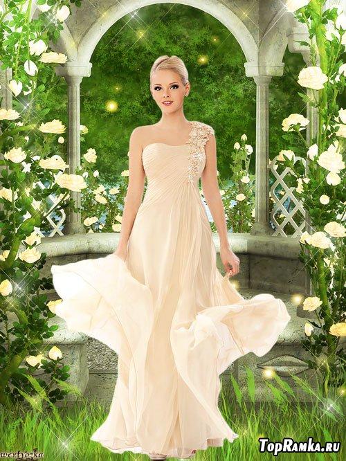 Женский psd шаблон - Девушка в нежно-кремовом платье среди чудесных роз