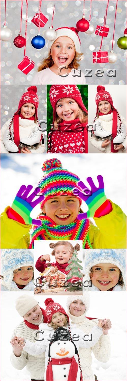 Зимние девчушки - Stock photo