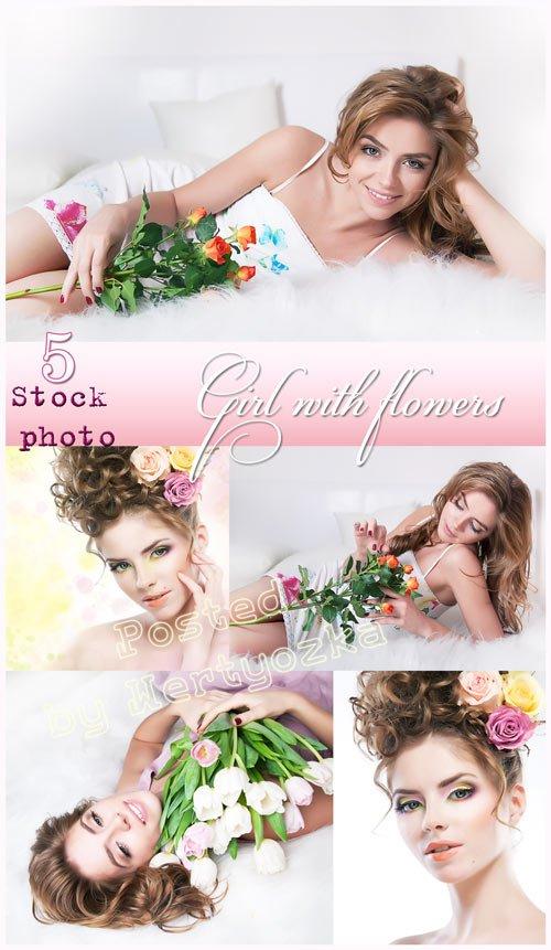 Девушка с розами, девушка с тюльпанами - растровый клипарт