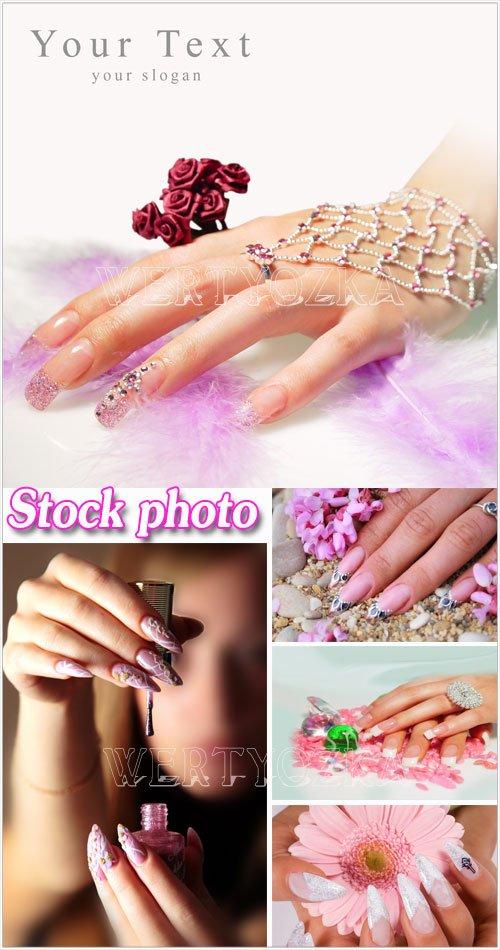 Модный и красивый маникюр - растровый клипарт / Trendy and beautiful manicure