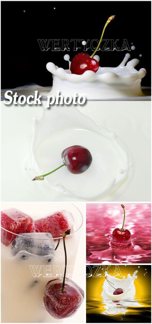 Фрукты и молоко - растровый клипарт / Fruit and milk