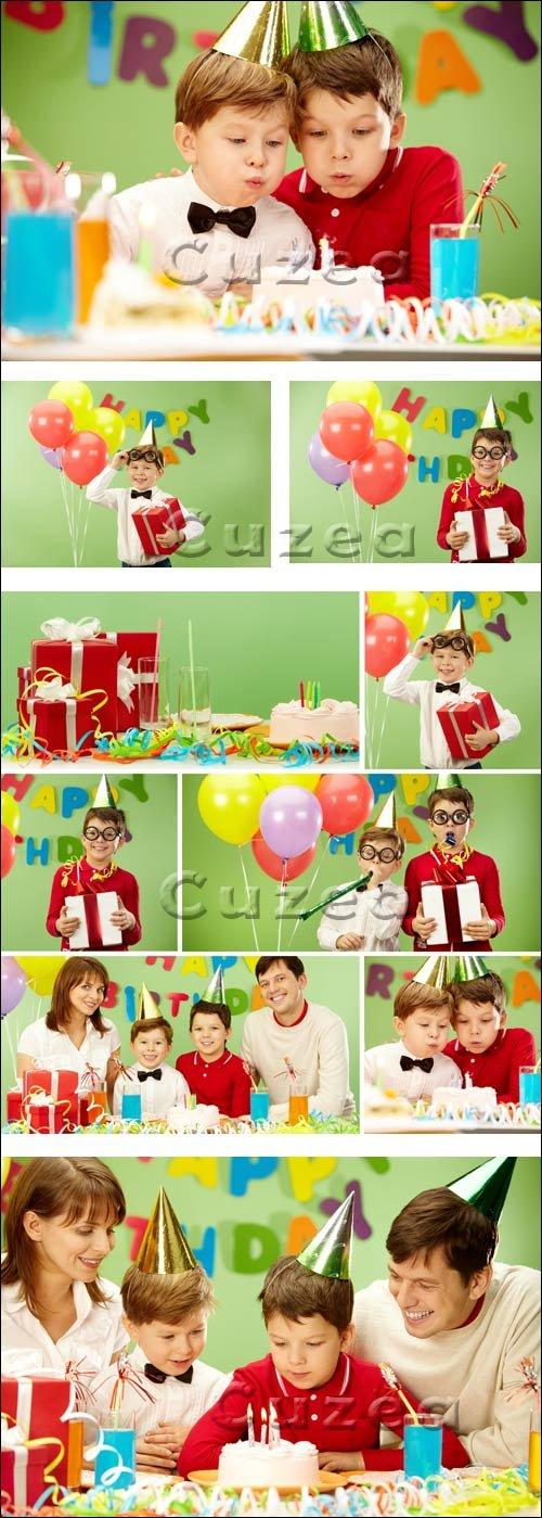 Детское день рождение / Children birthday - stock photo
