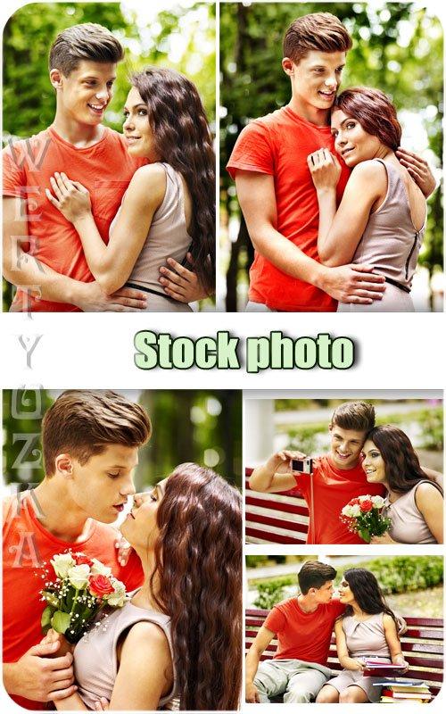 Молодая влюбленная пара, мужчина и женщина / Young couple in love, man and woman - Raster clipart