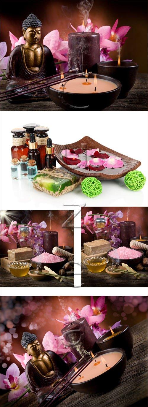 Спа аксессуары и фигурка Будды / Spa accesories and Budda - stock photo