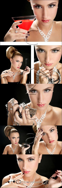 Девушка с украшениями / Woman and jewerly, 3 - stock photo