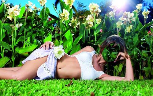 Женский шаблон - На цветущей поляне