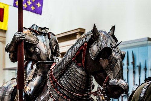 Шаблон для Photoshop - Рыцарь в латах на лошади