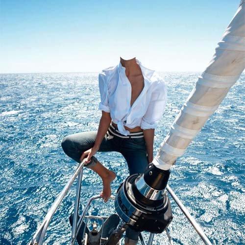 На носу яхты - шаблон psd женский